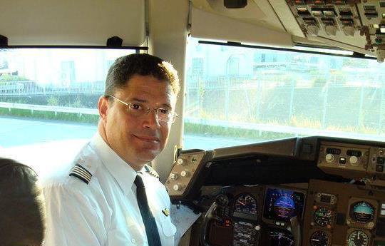 Un dominicano en cielos japoneses: entrevista al capitán Juan José Rivera (1ra parte)