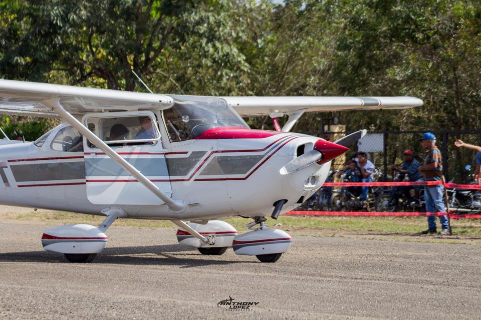 ¿Dónde puedo estudiar aviación en República Dominicana?
