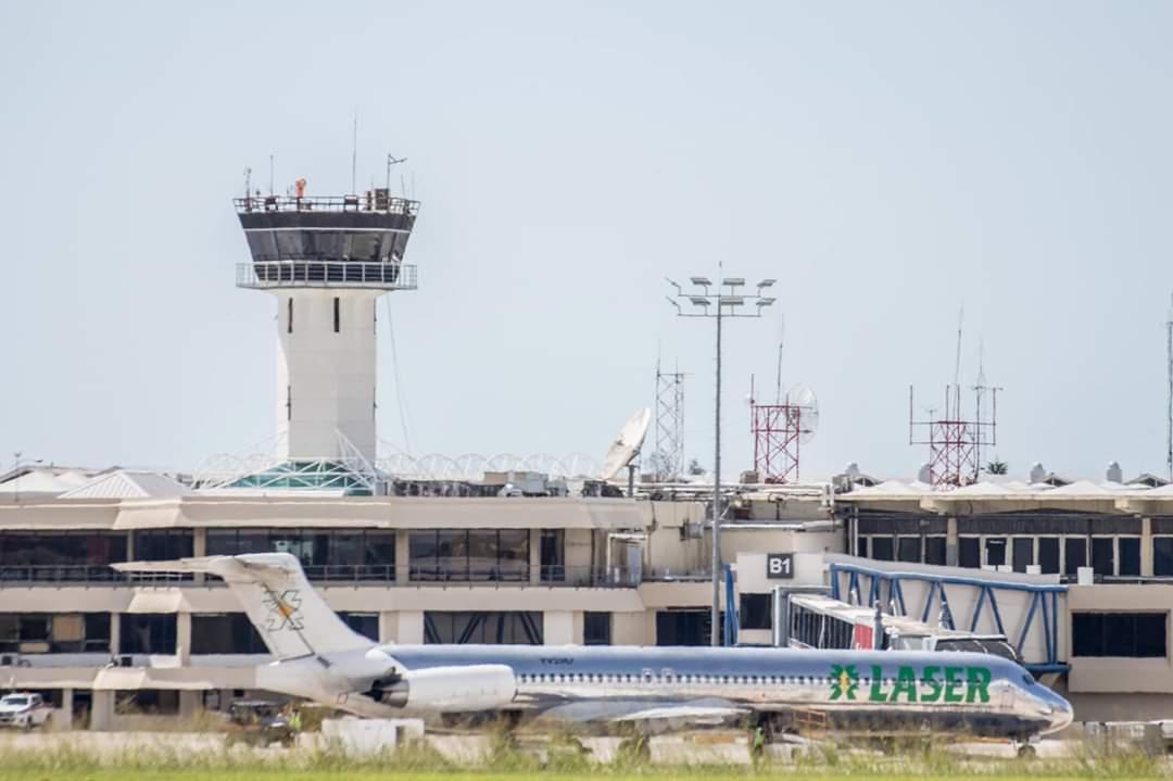 Conoce la interesante (y compleja) labor de los controladores de tránsito aéreo